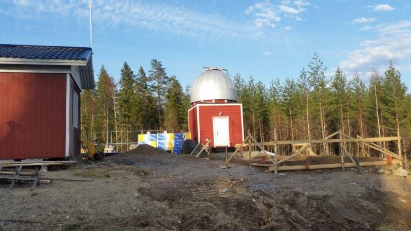 Härkämäen kakkostorni nousee nykyisen tornin viereen. Kuva: Veli-Pekka Hentunen.